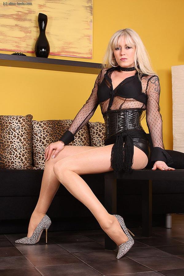 alina heels from world of clothing fetish. Black Bedroom Furniture Sets. Home Design Ideas