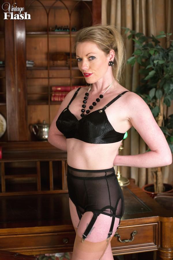 secretary flash Vintage